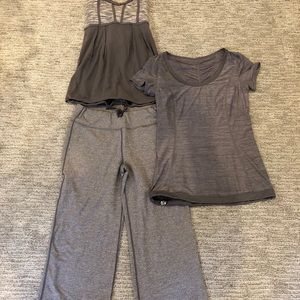 Women's lululemon flared crop pants